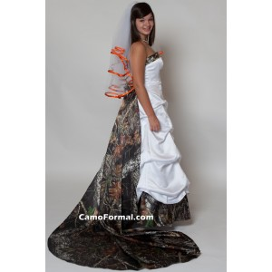 * 3135M Strapless, Pickup Skirt, with Roses Detachable Train