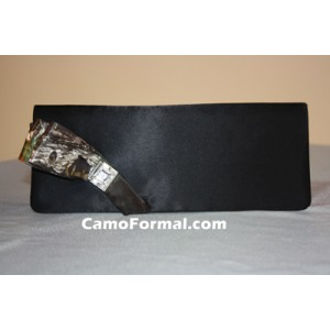 B711 Purse with Camo Ribbon Bow Accent